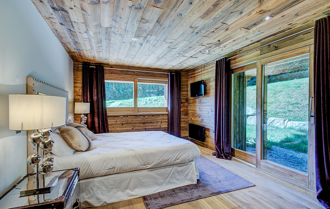 The bedrooms of the chalet in Megeve