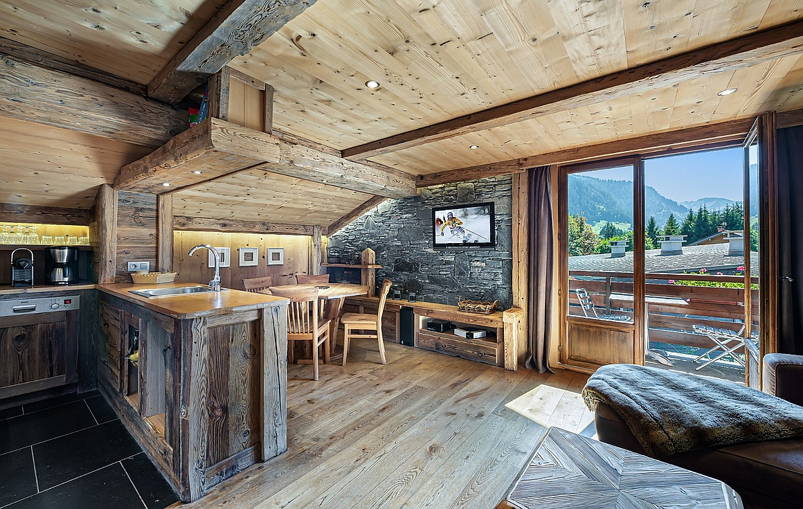 Outstanding renovated apartment for sale Megeve