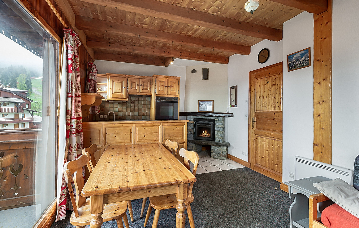 Living room of 1 bed apartment for sale La Tania