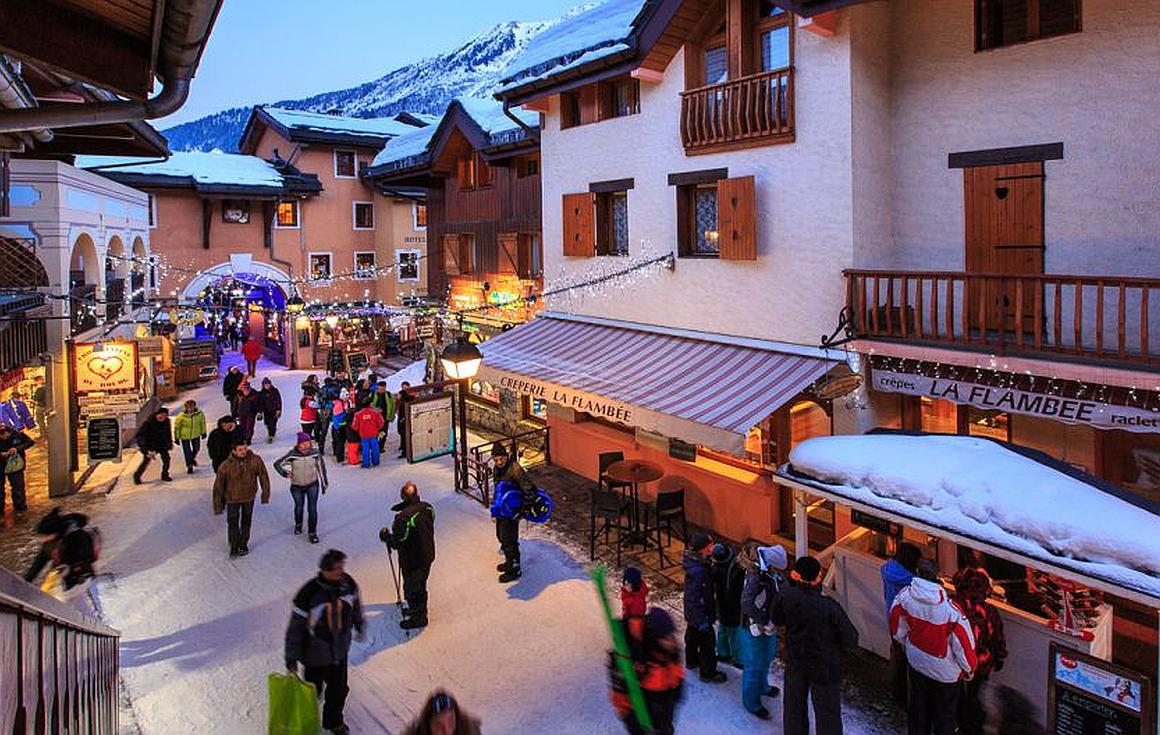 The dual season resort of Valmorel