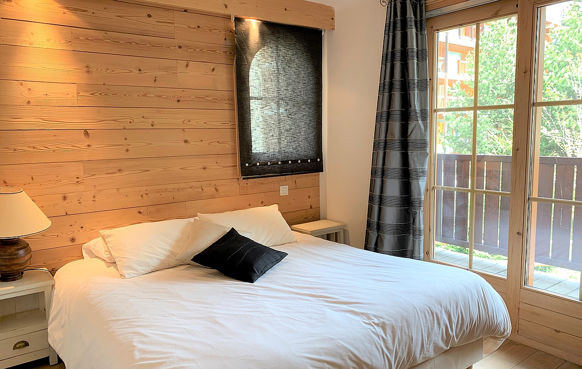 The bedrooms of the Le Praz chalet for sale