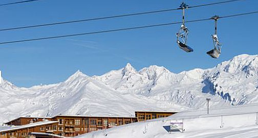 Easy access to piste
