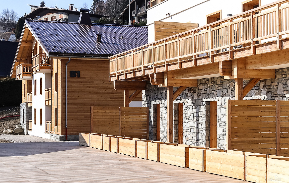 Exterior finishes of the apartments and chalets