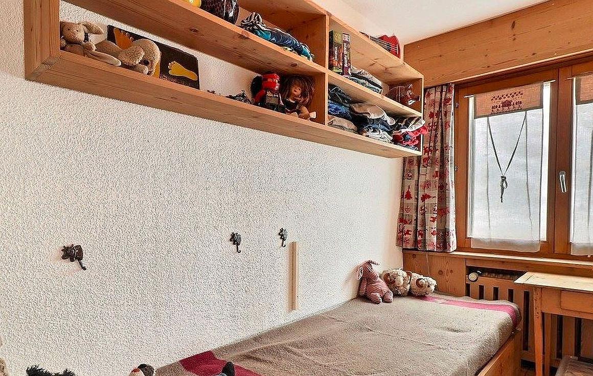 Sinlge bedroom