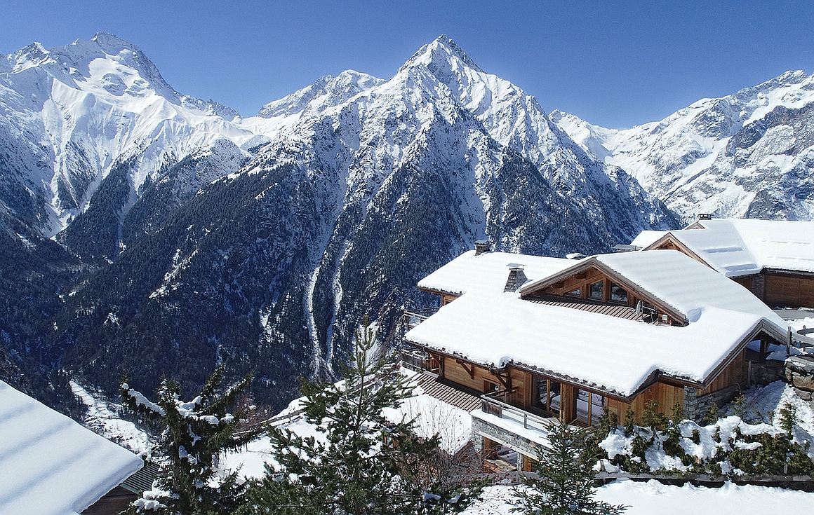 Outstanding chalet for sale in Les Deux Alpes
