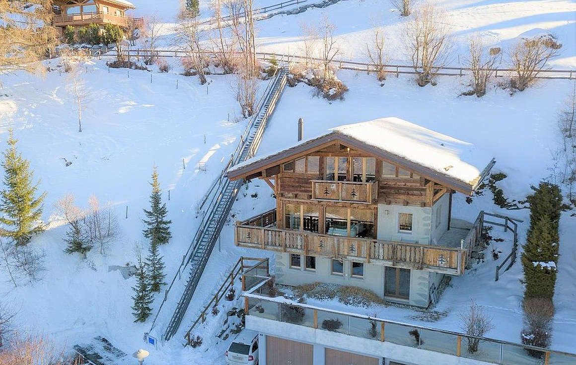 The actual chalet for sale in Haute Nendaz