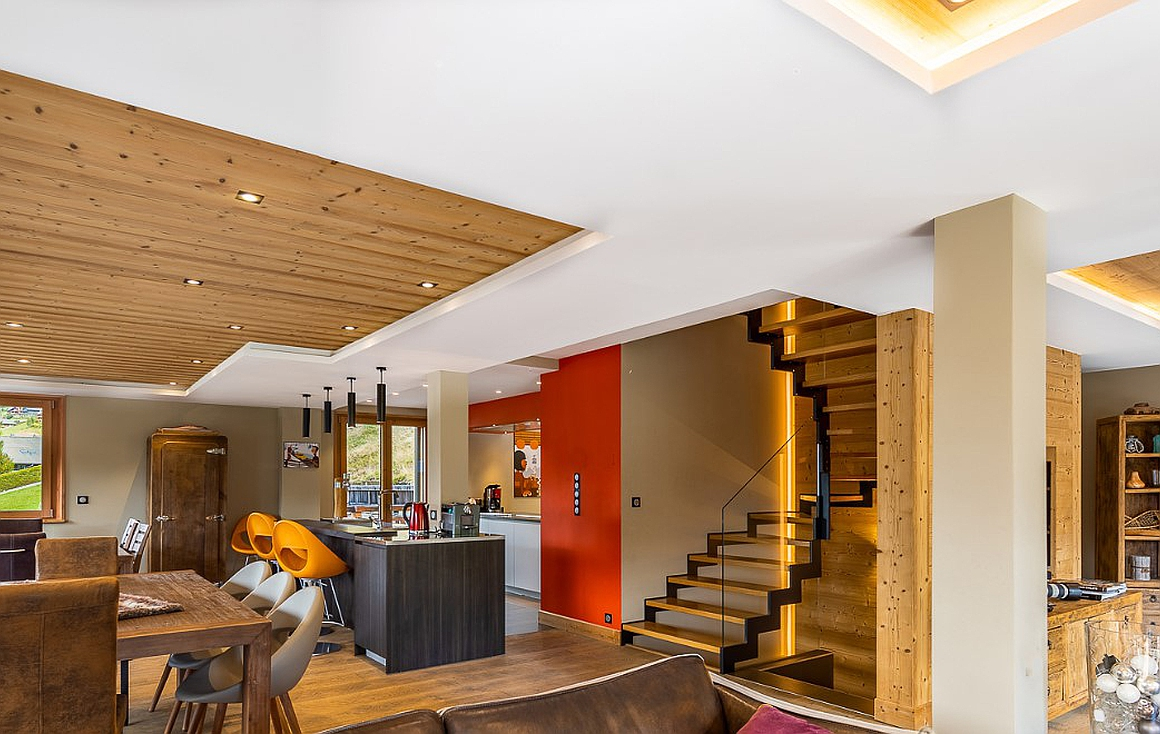 The wonderful interior of the chalet