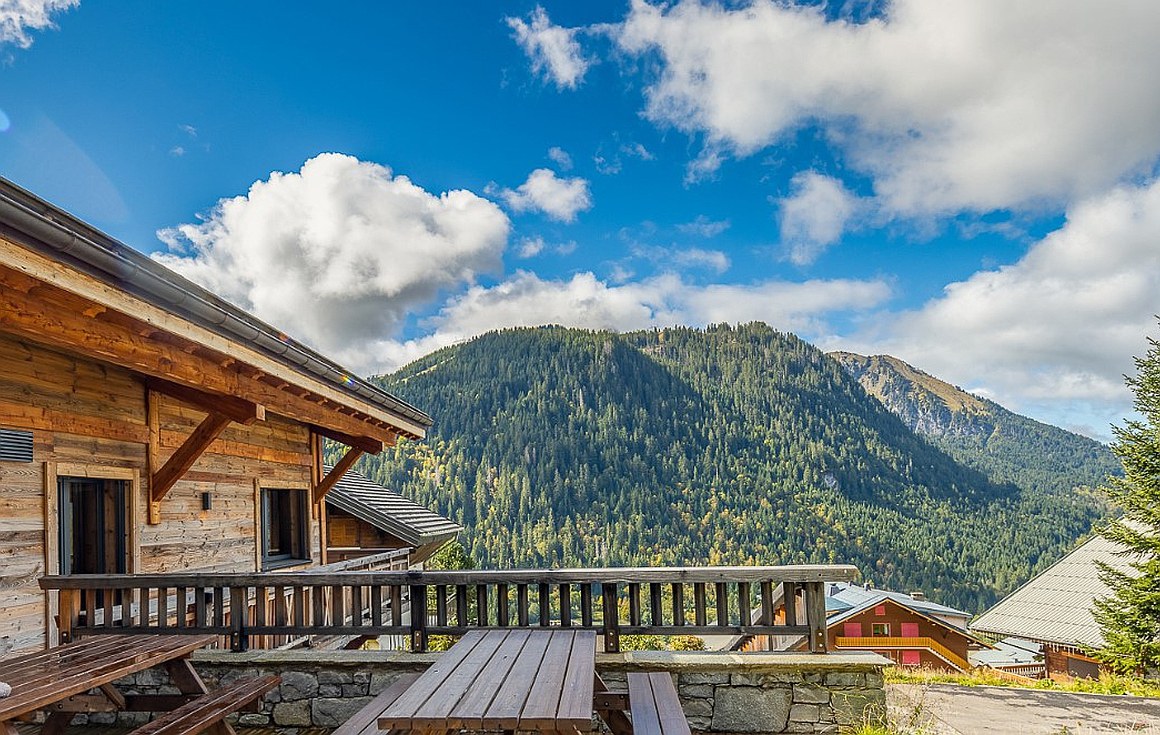 The fantastic views of chatel and the valley