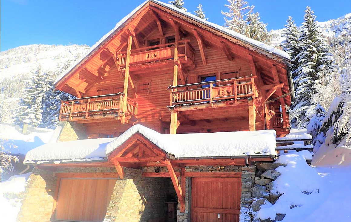 The chalet for sale exterior