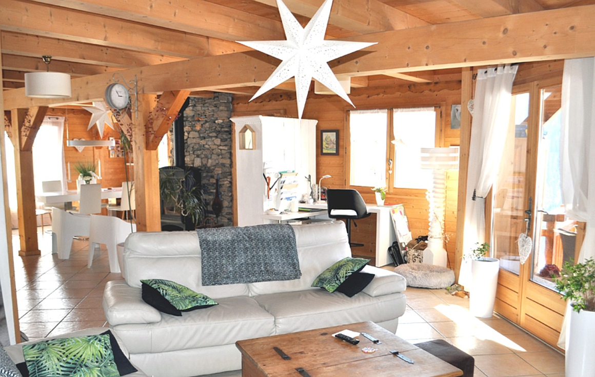The interior of the chalet for sale in Chatel