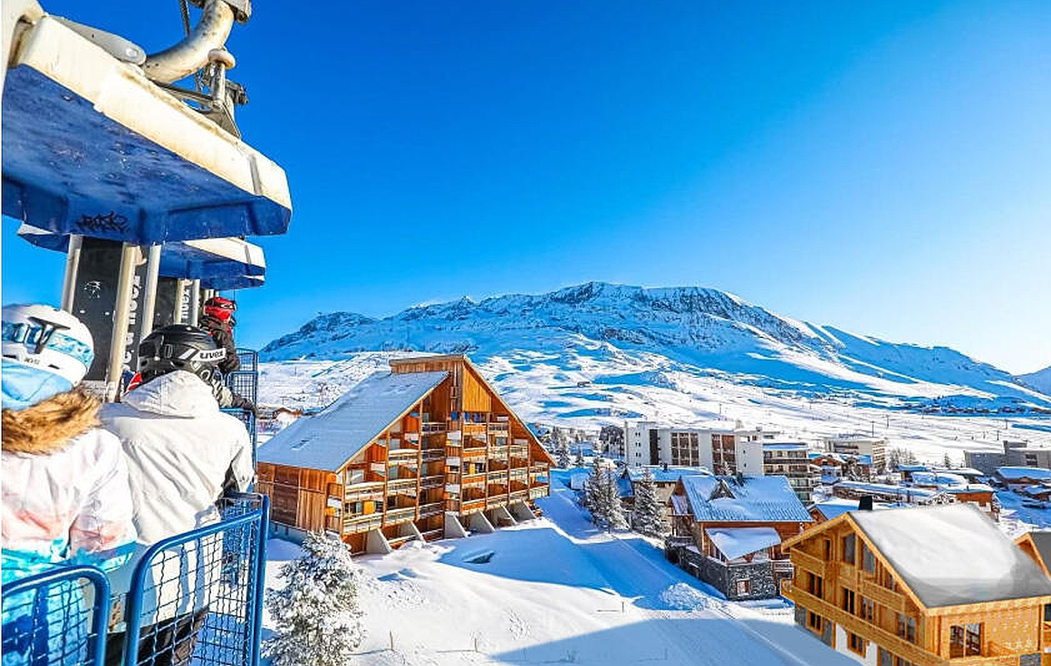 The ski in and out chalet for sale in Alpe d'Huez