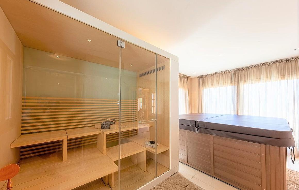 Sauna, Jacuzzi relaxation area
