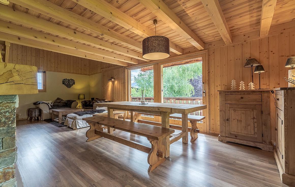 traditional feel interior