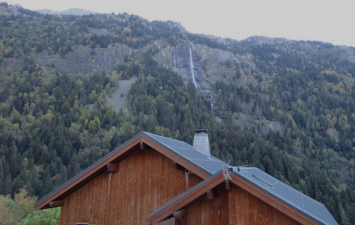 The panoramic views from the chalet