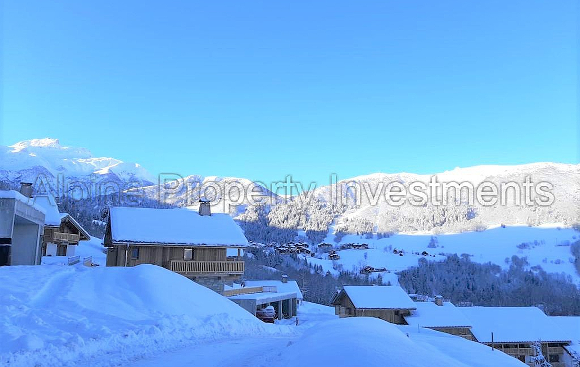 The chalets for sale in Valmorel