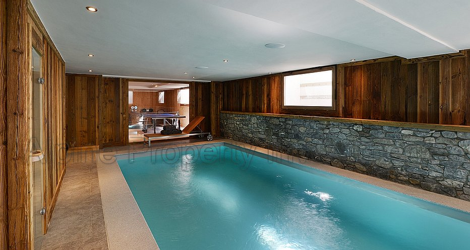 Spa with swimming pool