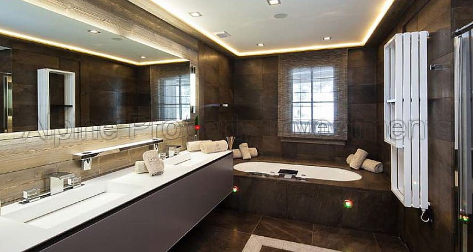 Stunning en-suite bathrooms